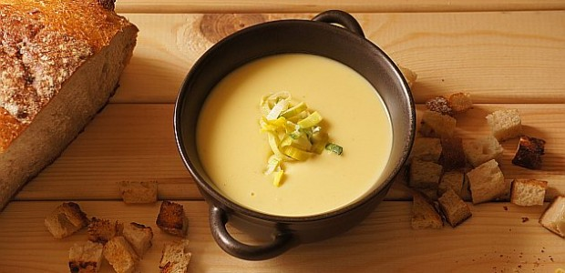 Zupa porowo-ziemniaczana