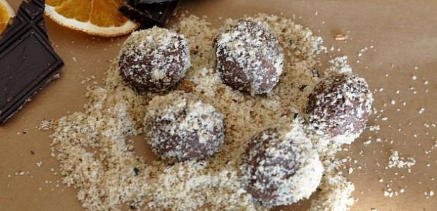 Pralinki z czekolady i kaszy jaglanej