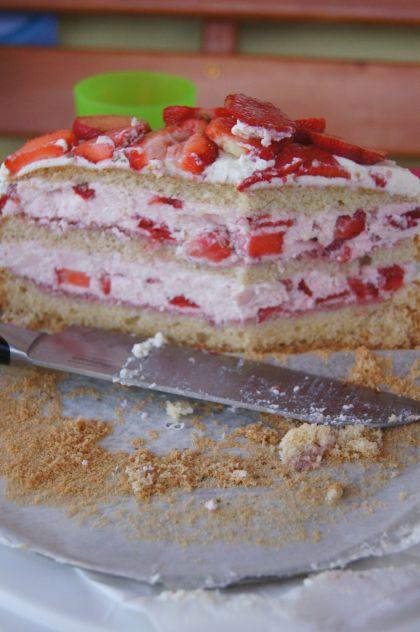 thermomix tort truskawkowy