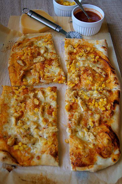 Pizza z kurczakiem i kukurydzą. Thermomix przepisy